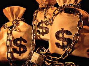 Деньги в мешке под замком