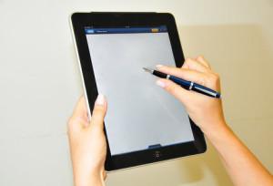 Документы, подписанные такой подписью могут быть переданы к месту назначения в течение нескольких секунд