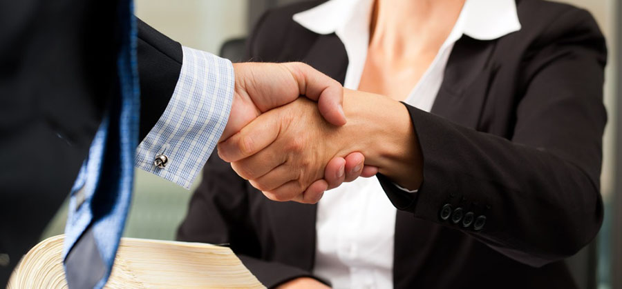 Рукопожатие предпринимателей