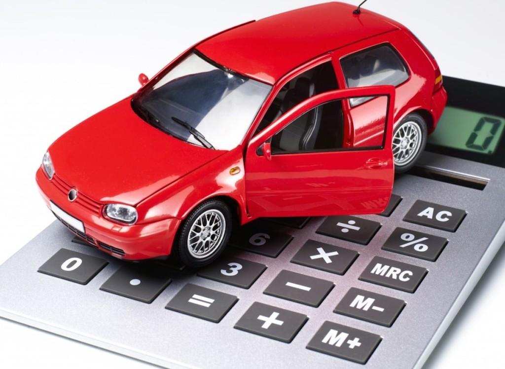 Автомобиль и калькулятор