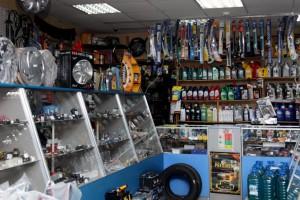 Широкий ассортимент продукции в магазине автозапчастей является важной деталью.