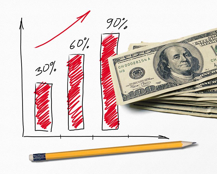 Деньги и карандаш