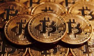 Монетки биткоины