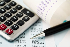Банковские счета и калькулятор